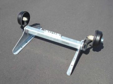 gebremste Achse bis 1500 kg Flansch 2305mm Auflage 1940mm