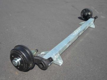 gebremste Achse bis 1500 kg Flansch 1940mm Auflage 1550mm 0°